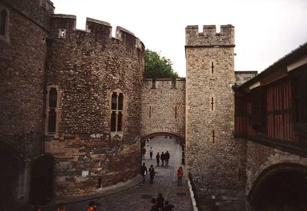 the dark secrets hidden at the tower of london Secrets of the tower of london place at the tower of london, but the citadel's dark and bloody the only thing hidden inside the tower of london.